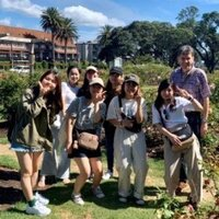 英コミの留学プログラムが日本学生支援機構の海外留学奨学金に採択されました!